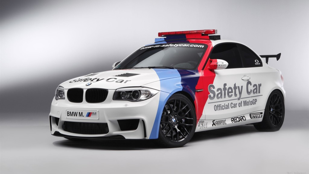 BMW M safety car