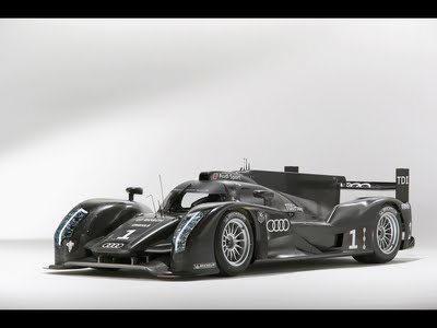 Audi R18 with innovative V6 TDI