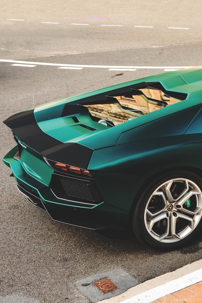 Beautiful back design of Lamborghini