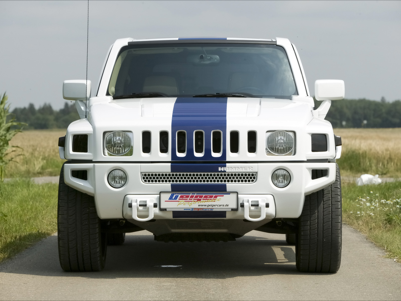 The intimidating white and blue Hummer H3T Alpha 5
