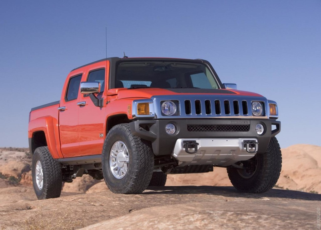 The Powerful Hummer H3T Alpha 1
