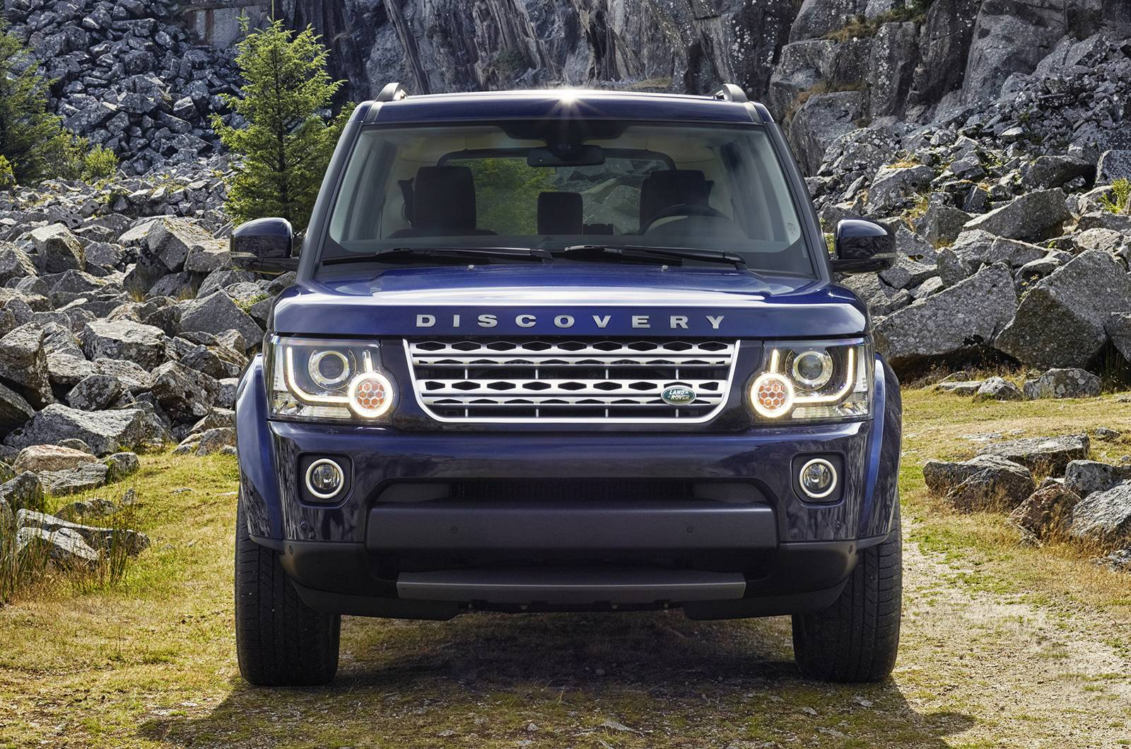 2014 Land Rover Discovery 18