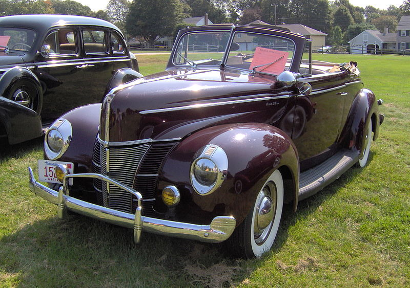 Ford Deluxe convertible - 1940 18