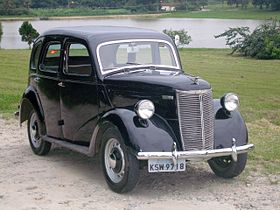Ford Perfect E93A saloon – 1938