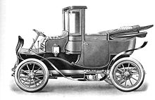 Rolls-Royce V8 with landaulet par excellence body – 1905