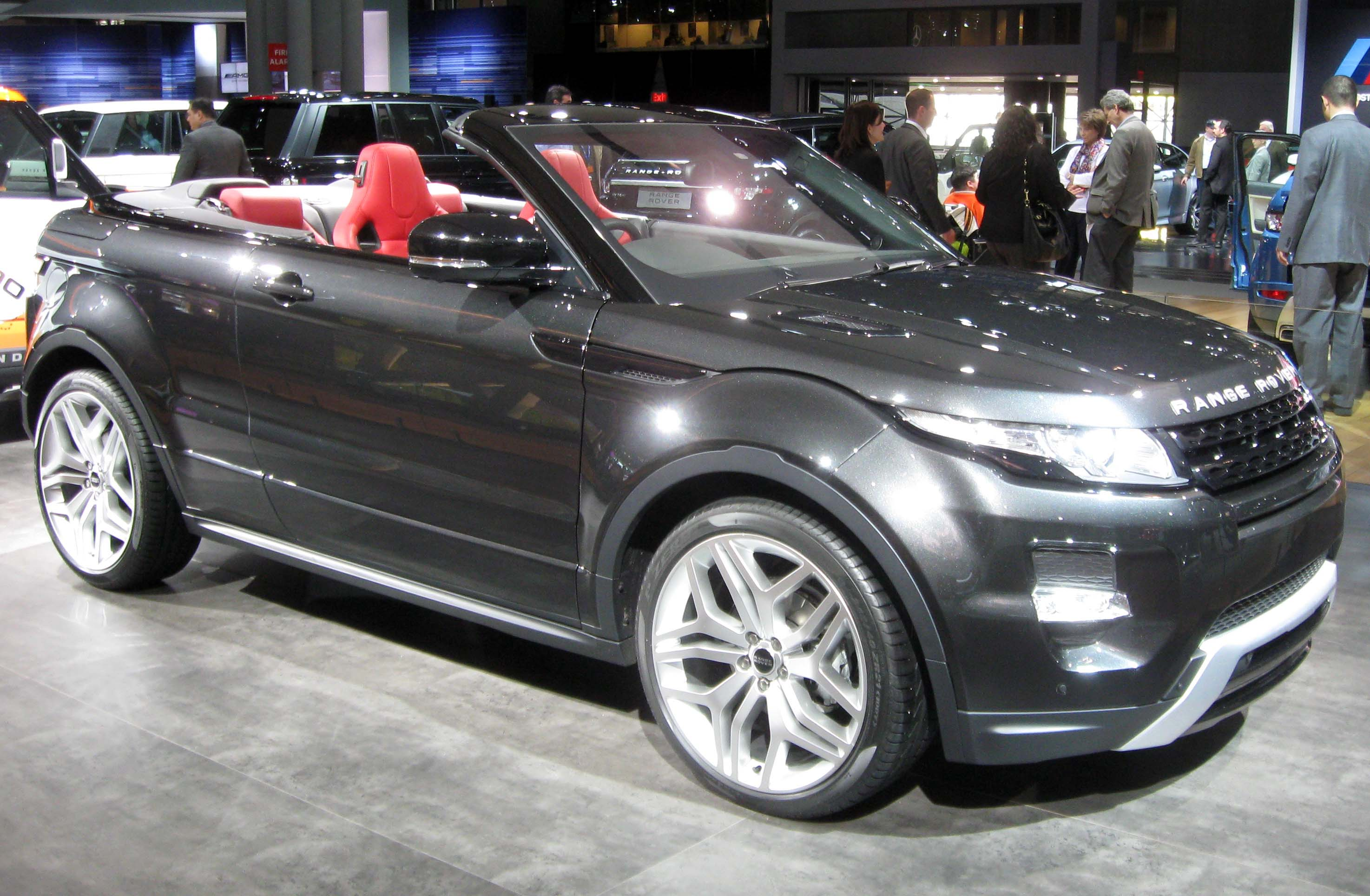 Land Rover Evoque 1