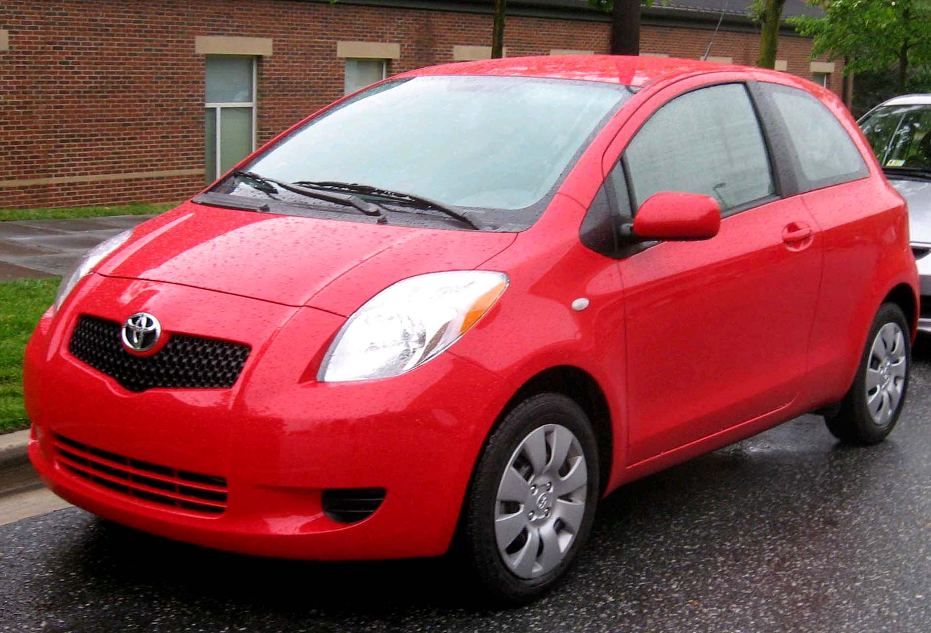 Toyota Yaris 3door 16