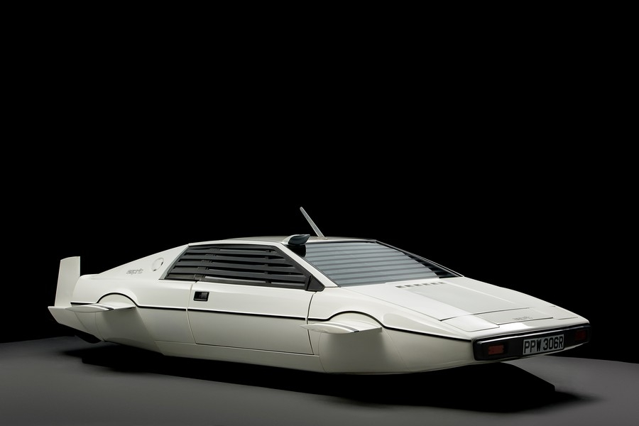 Lotus Esprit Submarine Car  9