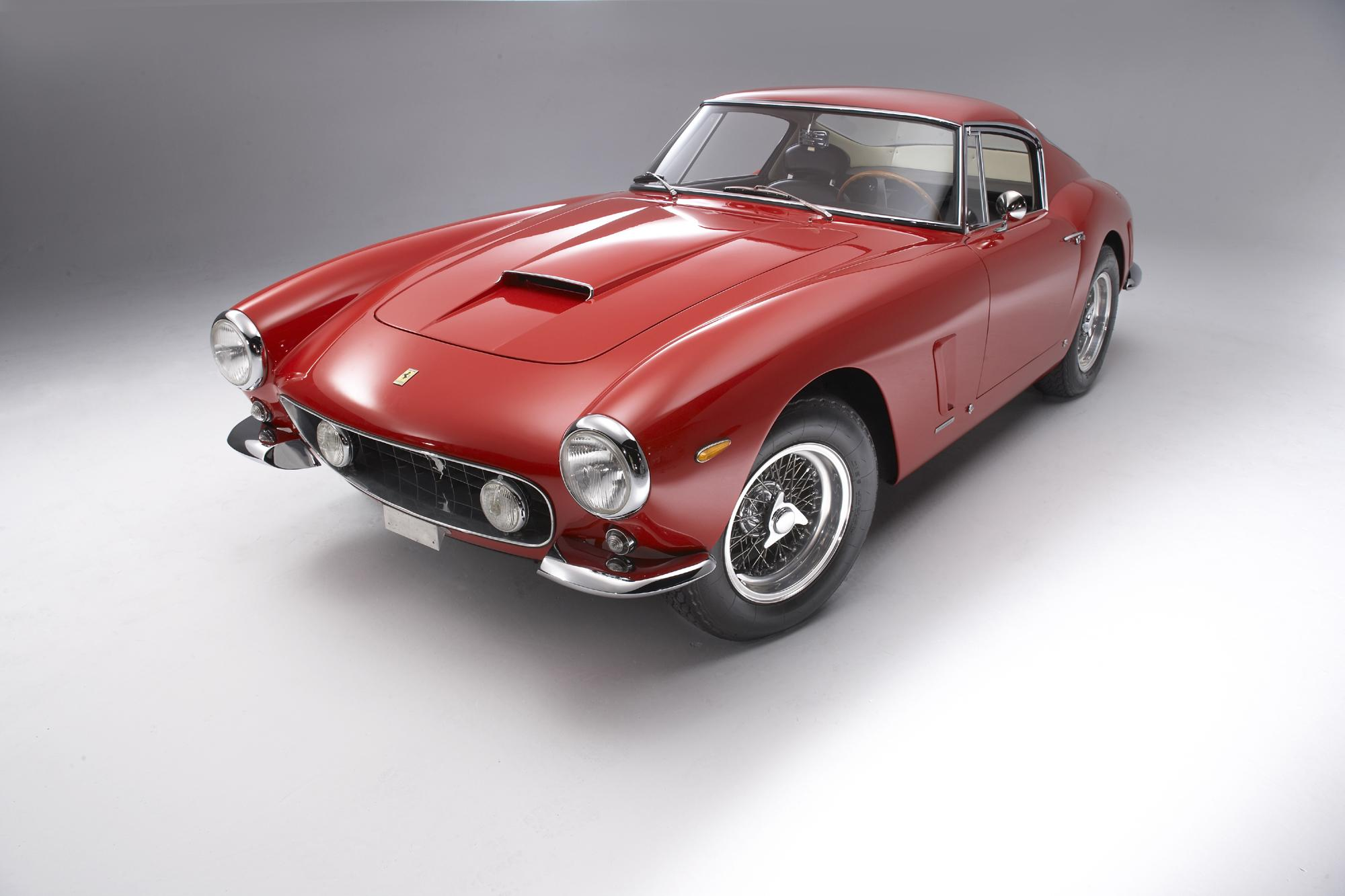 It is the dream of  lovers of classic cars 2