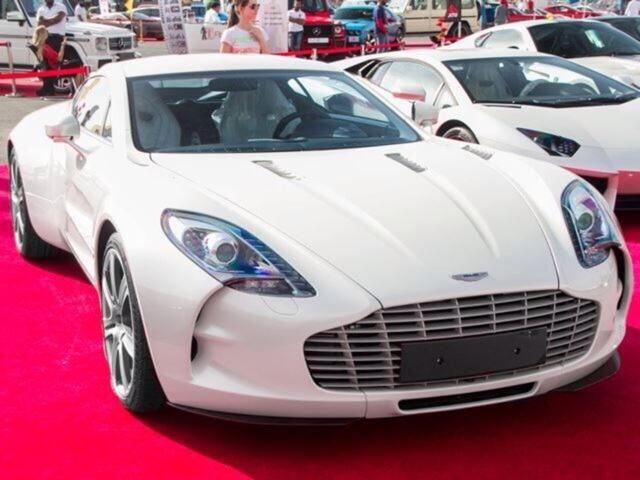 Sublime White Aston Martin One-77 - see more cool cars by clicking on the beautiful #Aston 11