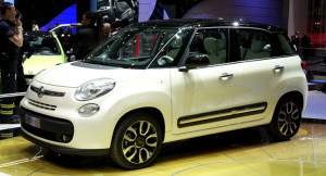 The New Fiat 500L Smiles for the Camera in Geneva