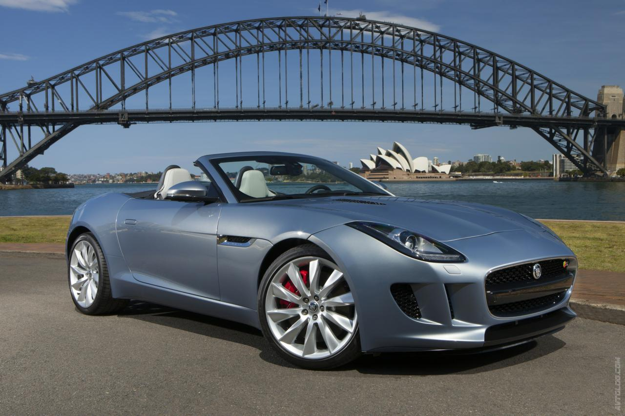 2013 Jaguar F-Type 11