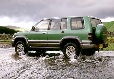 Isuzu Trooper  1