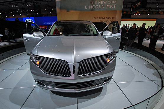 The 2013 Lincoln with its latest version of the split waterfall grille