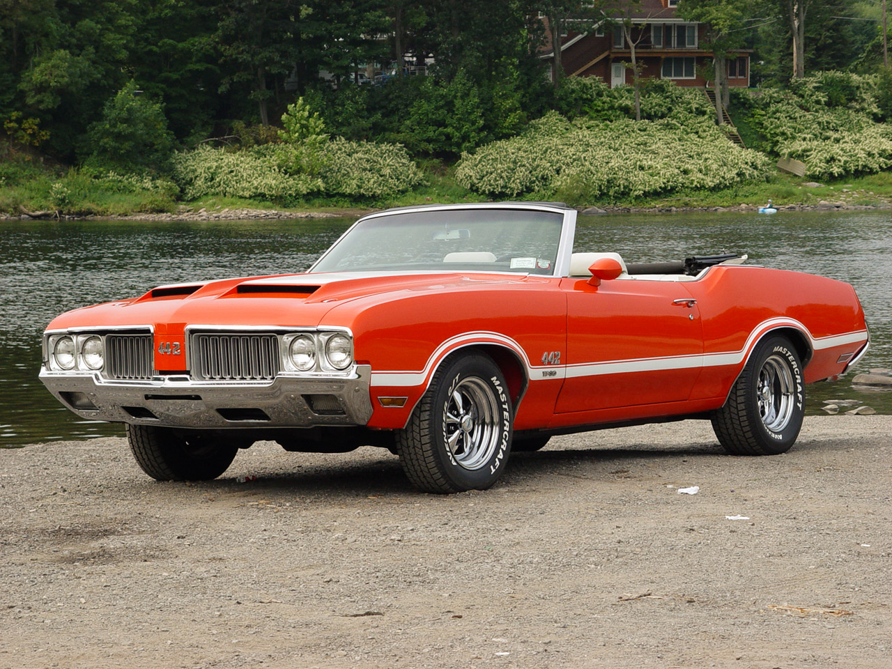 Oldsmobile Cutlass 442 W-30. MotoBurg 3