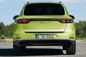 macan green rear
