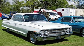 Cadillac 60S 8th gen – 1961