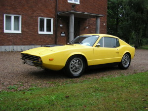 Saab Sonett III yellow sports car