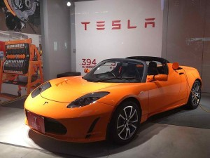 Tesla yellow roadster – 2009