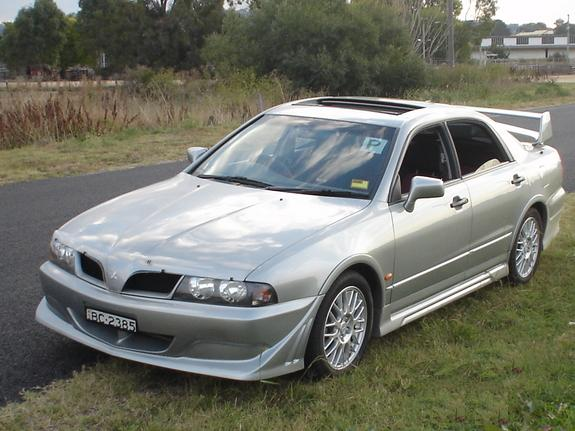 Mitsubishi Magna Ralliart grey model 3