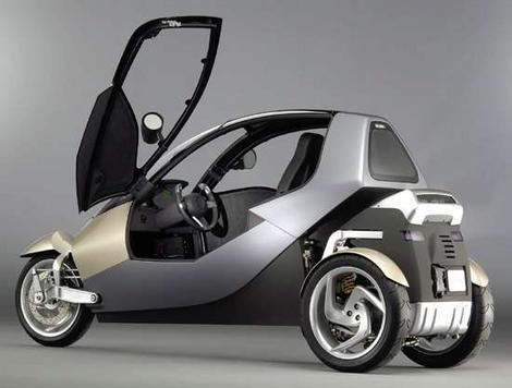 Clever car designed to outpark the Smart car