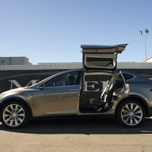 Introducing the 2014 Tesla Motors Model X 08