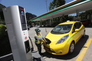 Rio de Janeiro enters zero emissions era with Nissan LEAF electric taxi