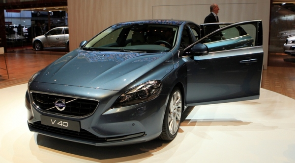 Volvo cars to launch V40 Cross Country by June  17