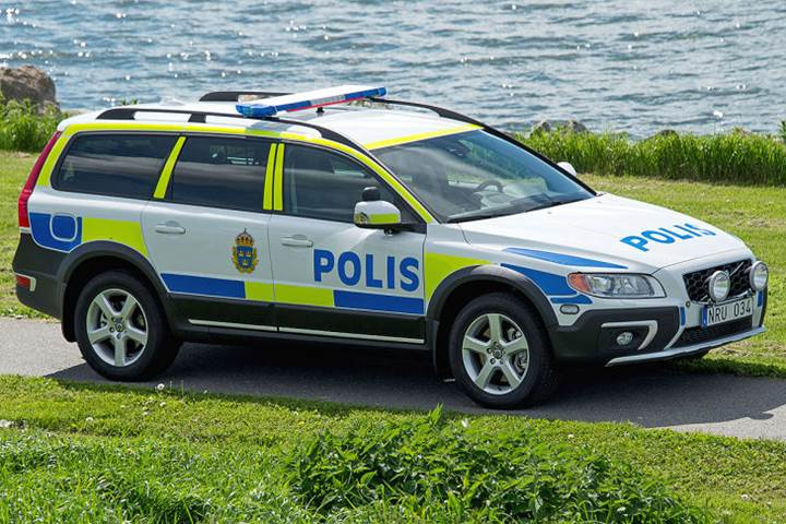 Latest Police Cars Around The World  7