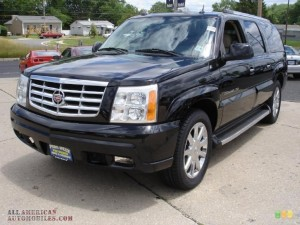 CADILLAC ESCALADE ESV PLATINUM AWD IN BLACK RAVEN CAR