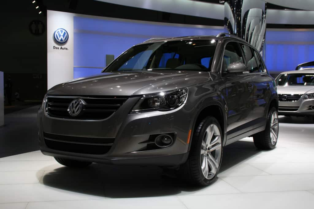 VOLKSWAGEN TIGUAN AT LA MOTOR  CAR