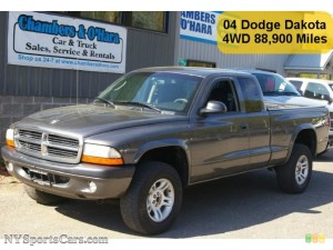 DODGE DAKOTA SPORT CLUB CAB 4×4 IN GRAPHITE METALLIC CAR