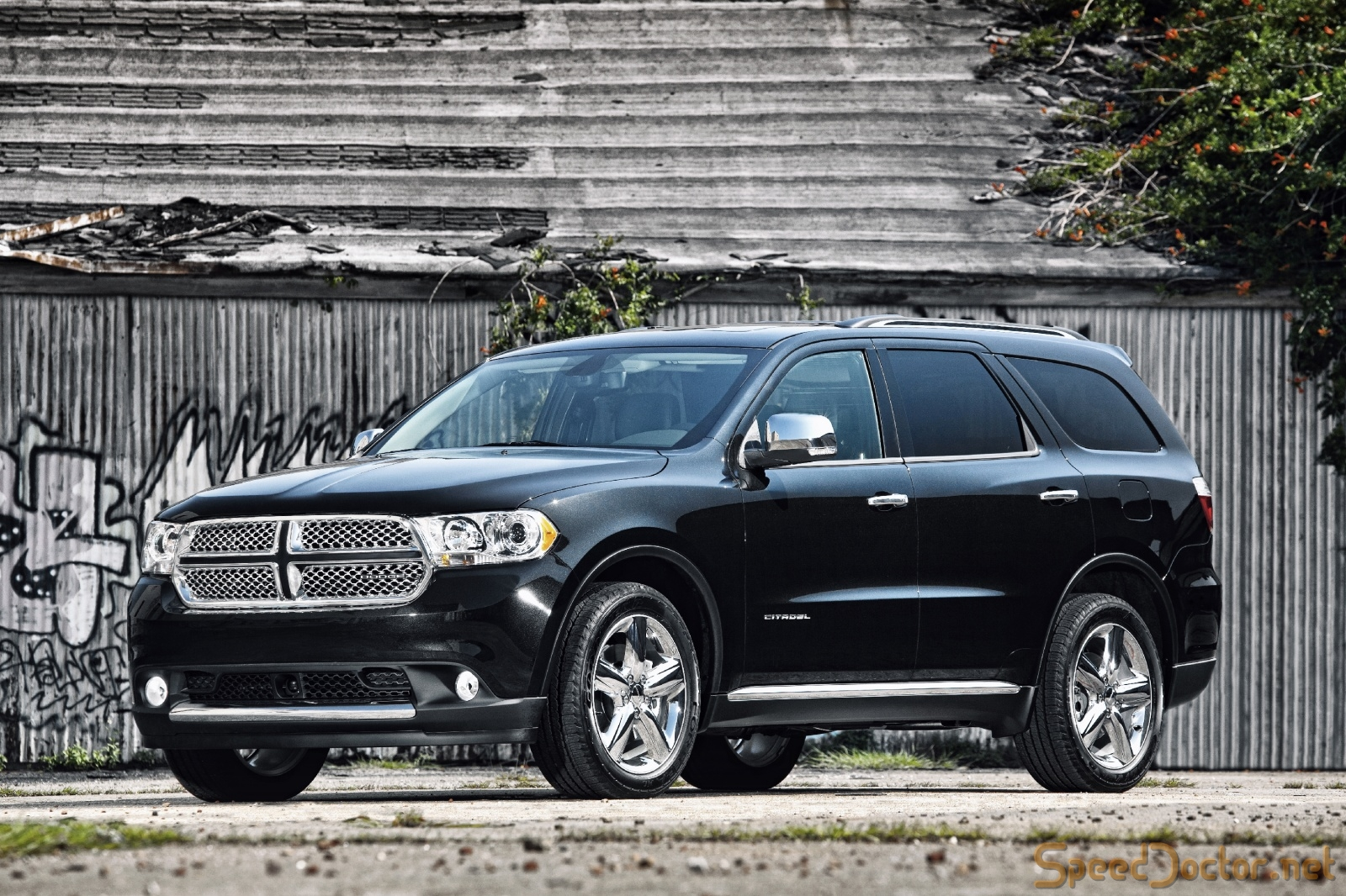 DODGE DURANGO CAR 5