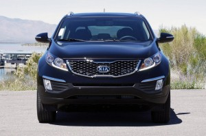ENGINE 2011 KIA SPORTAGE SX FRONT ANGLE VIEW CAR
