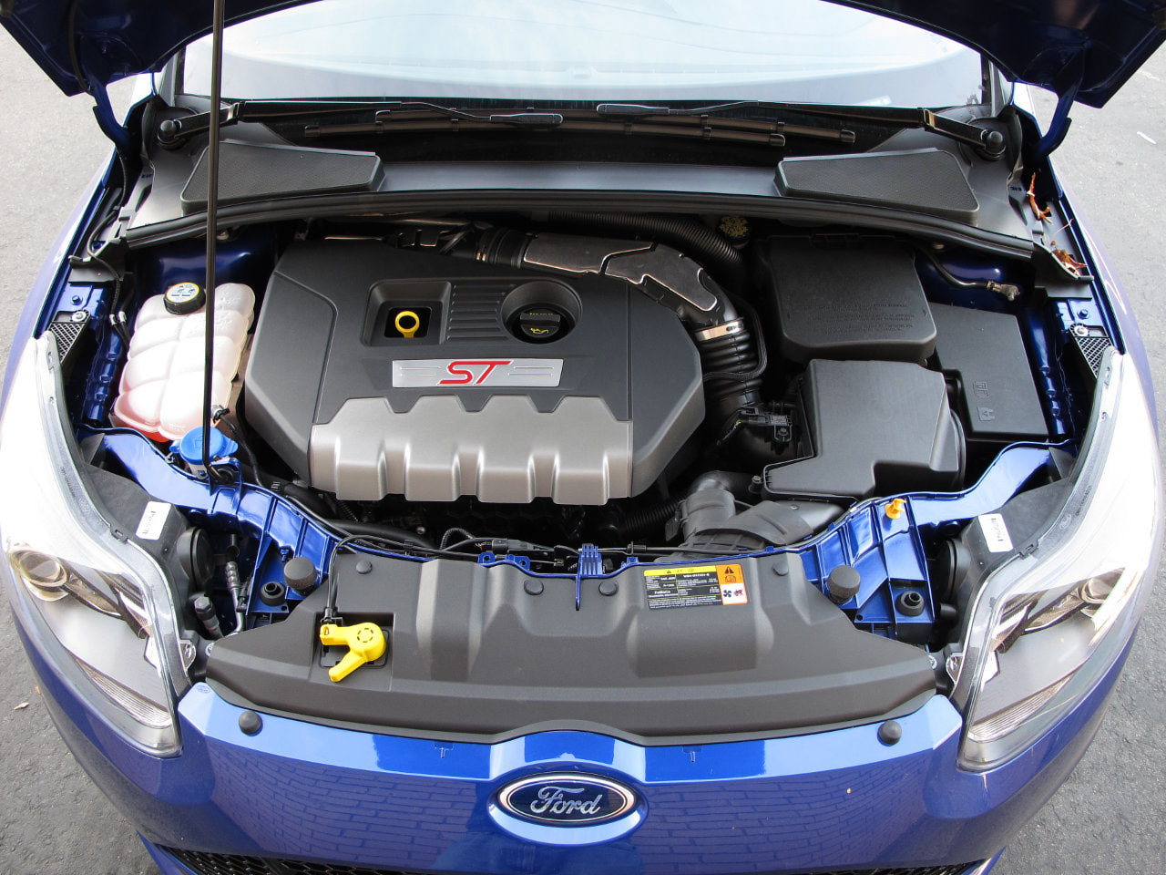 FORD FOCUS ST ENGINE | Pin X Cars