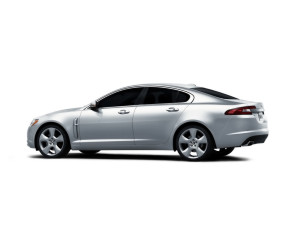 JAGUAR XF STUDIO SIDE ANGLE WHITE  CAR