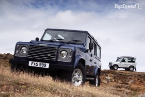 LAND ROVER DEFENDER  CAR