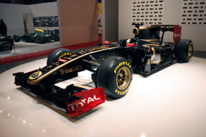 LOTUS RENAULT F1 GRAND PRIX CAR