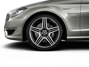 2012 MERCEDES CLS63 AMG RIMS REALLY LOOKS SPORTY