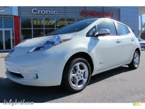 NISSAN LEAF SL IN GLACIER PEARL WHITE 016368 LEHYBRID CAR