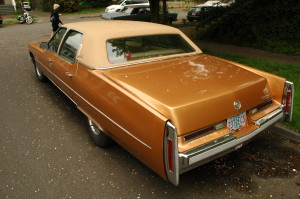 CADILLAC FLEETWOOD CAR