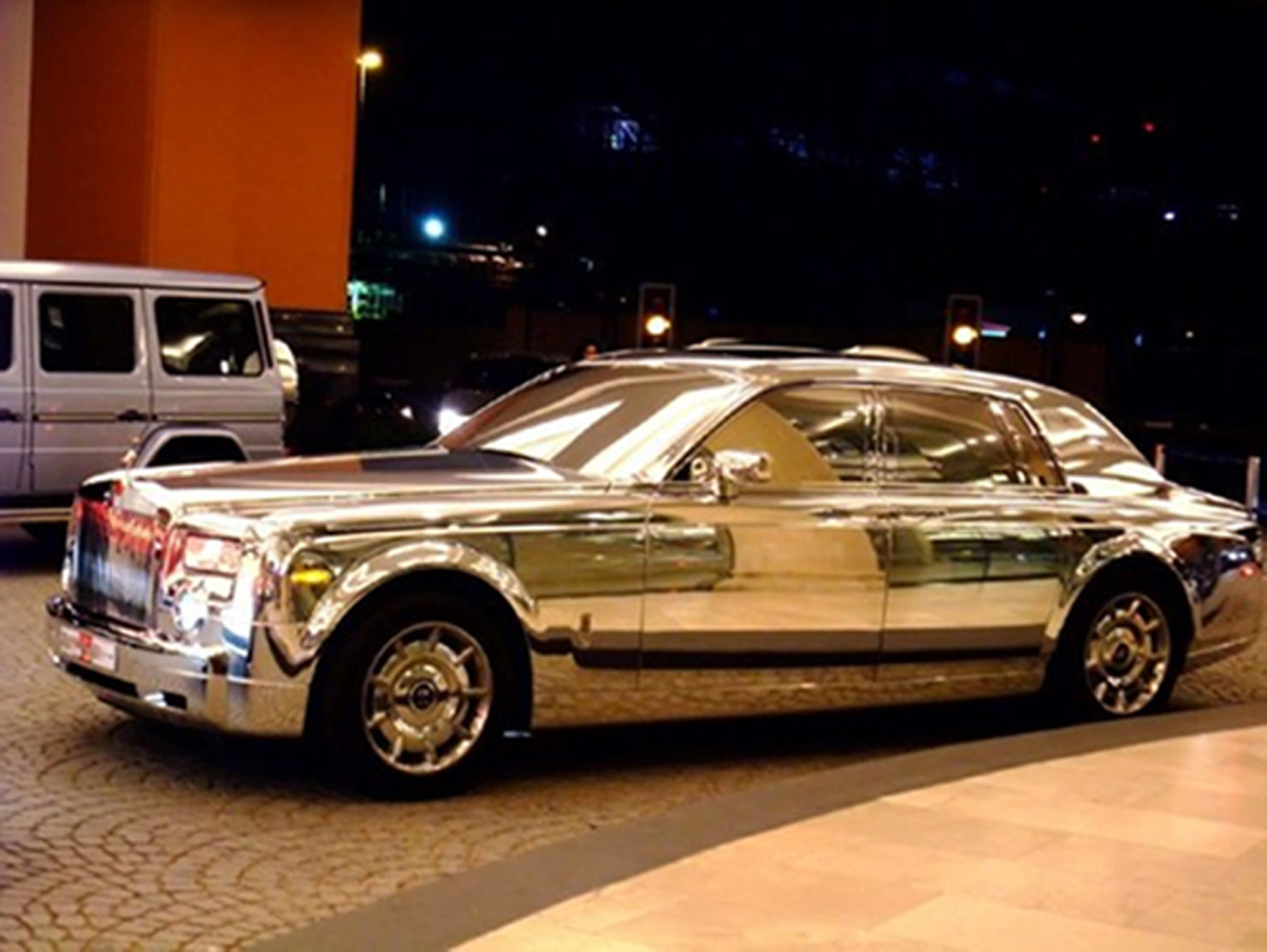 rolls royce made of silver hahaha the most beautiful car
