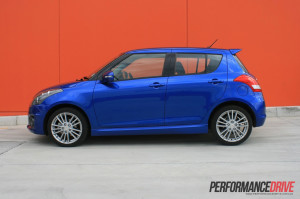 BLUE SUZUKI SWIFT 2012 SPORT SIDE VIEW