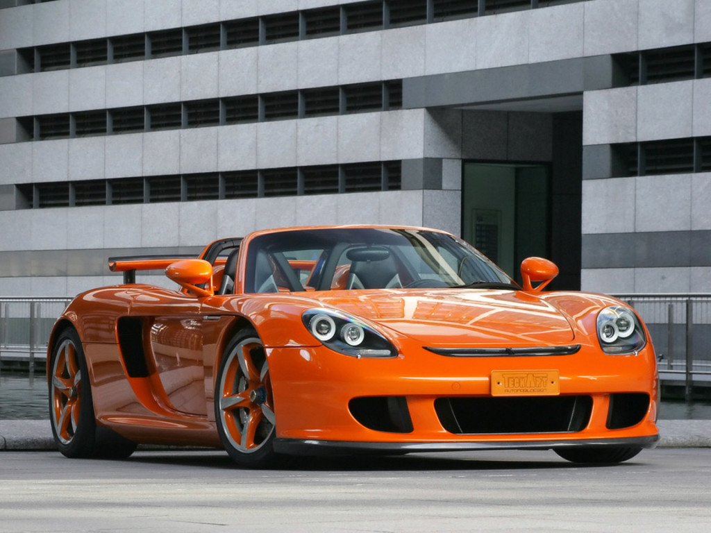 PORSCHE CARRERA GT  CAR