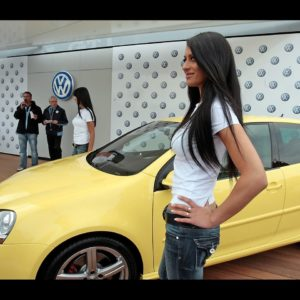 VOLKSWAGEN GOLF GTI PIRELLI  CAR