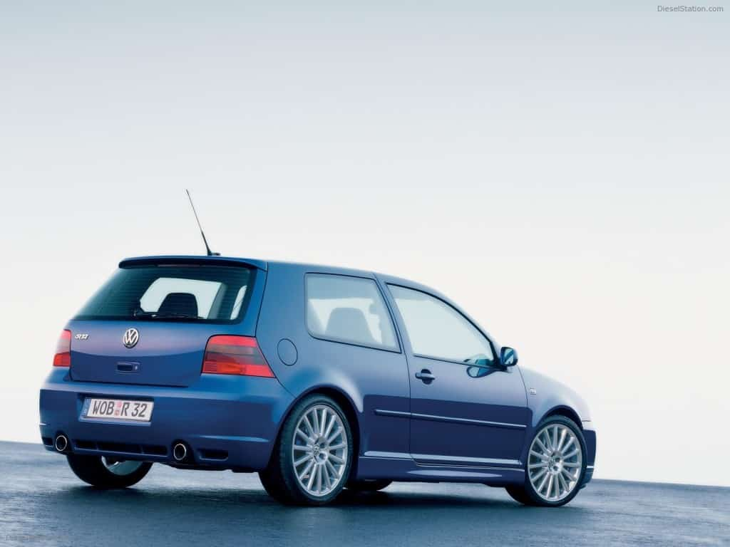 VOLKSWAGEN GOLF IV R32 EXOTIC CAR
