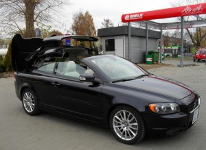 VOLVO C70 BLACK 2009  CAR