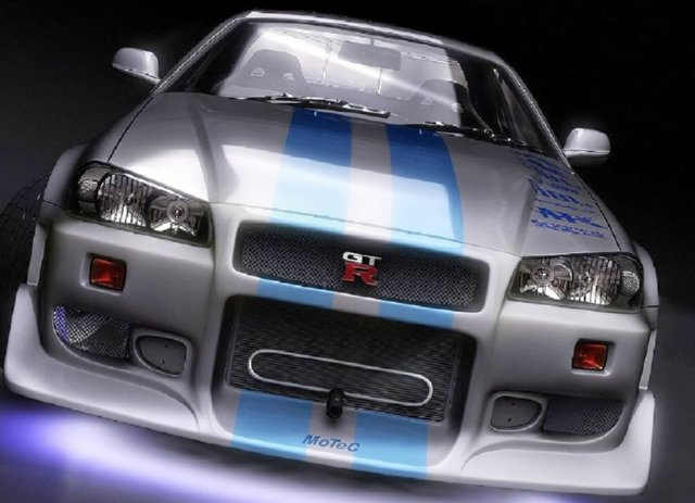 2-Fast-2-Furious-Brian-OConners-Skyline-R34-GT-R-Front